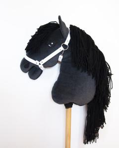 hobby_horse_cierny_01
